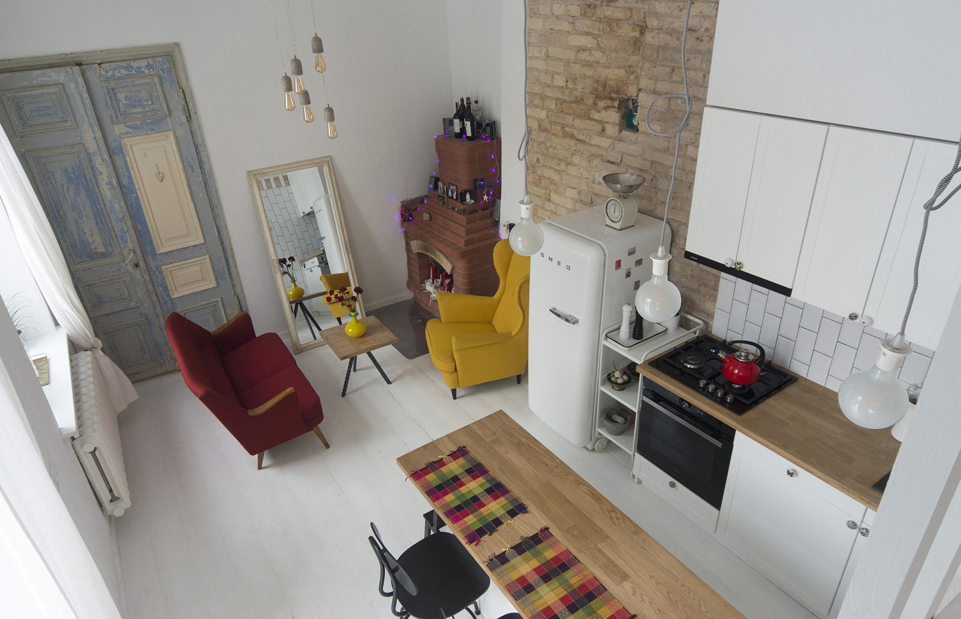 butas-naujamiestis-baltos-grindys-modernus-renovuotas-plytos